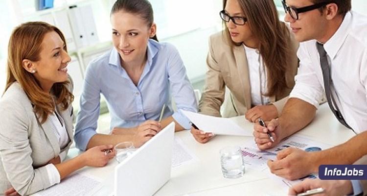 Quais são as principais características do profissional de marketing?